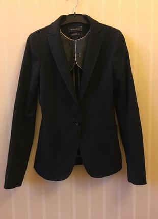 Чёрный пиджак massimo dutti 34