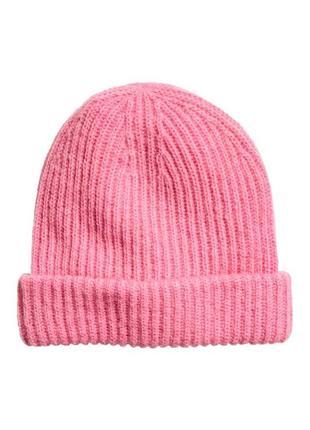 Стильная мохеровая шапочка с шерстью h&m