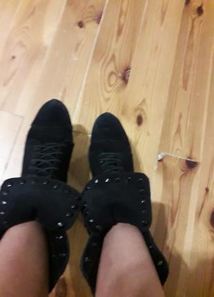 Срочно!распродажа вещей!брендовые ботинки на каблуке бронкс