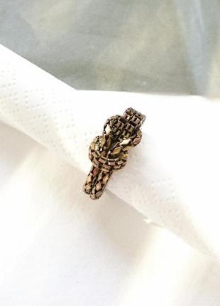 Кольцо с петлей