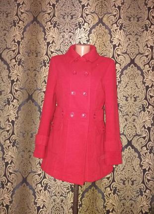 Красное стильное пальто м-л promod