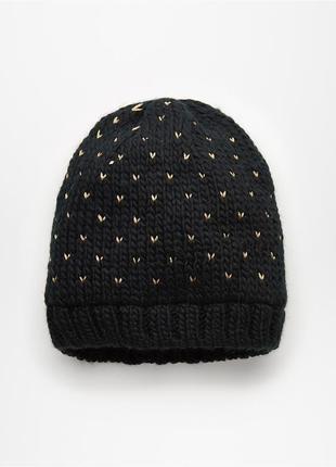 Нова утеплена шапка mohito