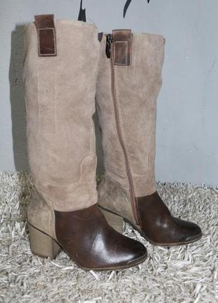 Кожаные сапоги на широком каблуке tamaris
