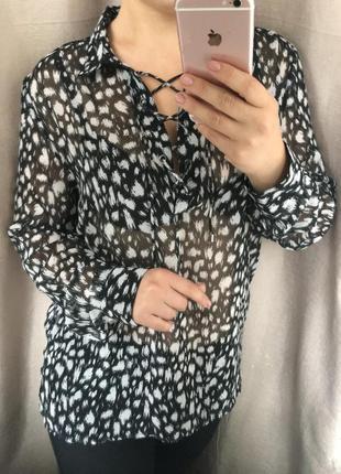 Красивый блузон со шнуровкой!