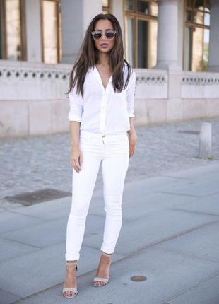 Белые джинсы от blue motion