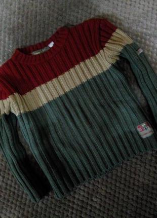 Фирменный свитерок на 4 года (+/-)