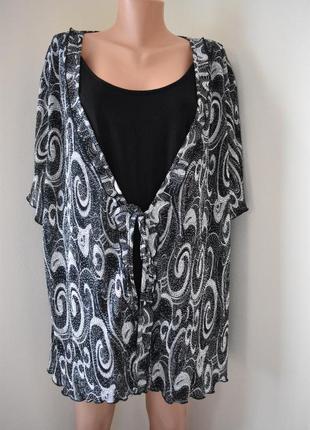 Блуза с принтом большого размера