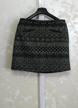 Теплая юбка с красивым жаккардовым узором и кожаными вставками intuition