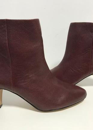 Шкіряні черевики, осінь (франція)