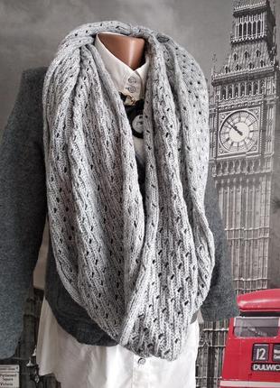 Сірий димчастий шарф снуд крупна в'язка