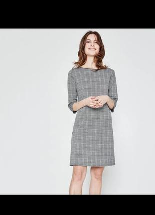 Прекрасное платье на осень-весну promod