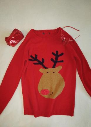 Яркий рождественский новогодний свитер с оленем