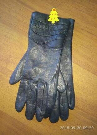 Кожаные натуральные перчатки на утеплителе