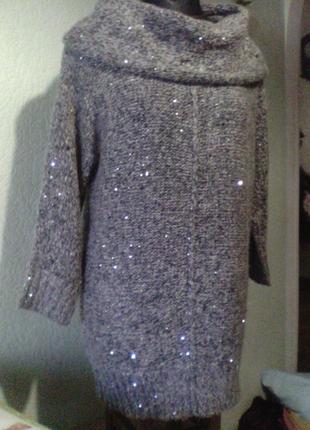Вязаный женский свитер туника