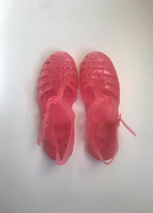 Розлвые летние резиновые сандали/розовые летние резиновые босоножки
