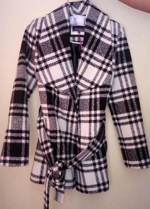 Пальто per una