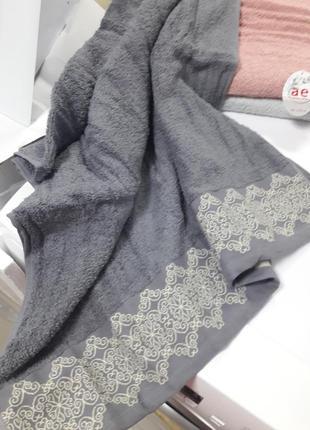Плотное махровое банное полотенце 140×70см 100% хлопок турция2