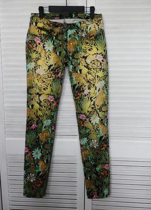 Фирменные джинсы в принт  (s/m см.замеры)