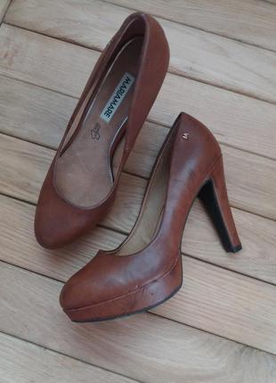 Шкіряні туфлі бренду maria mare