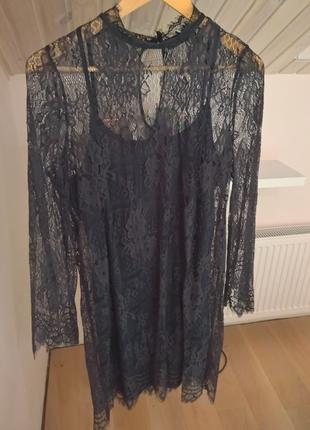 Роскошное кружевное вечернее платье