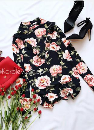 Очень красивая цветочная блуза