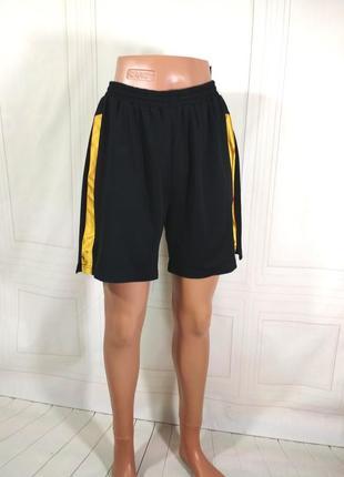 Шорты спортивные на мальчика, рост 164см