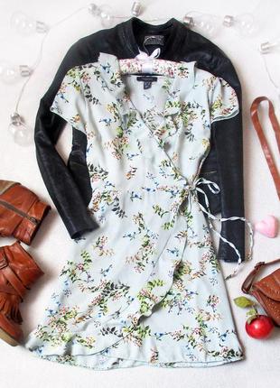 Милое  платье на запах в цветочный принт, размер m/l, см. замеры
