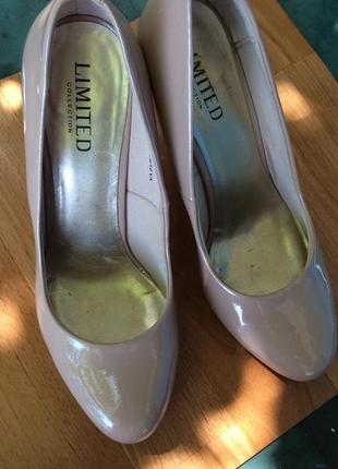 Лаковые туфли limited