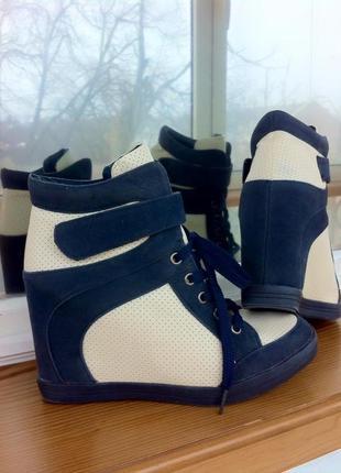 Ботинки-сникерс. ботельены-кроссовки. спортивные туфли. сникерсы