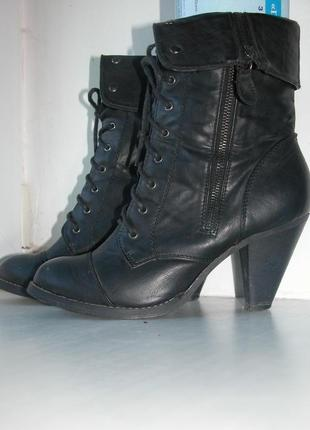 Стильные демисезонные ботильоны ботинки на небольшом устойчивом каблуке