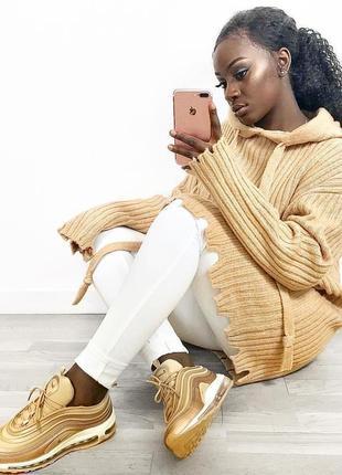Вязаный свитер с капюшоном от zara