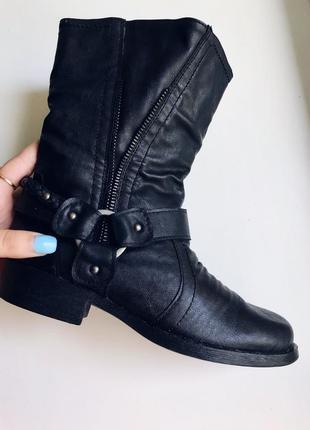 Фирменные осенние сапоги осень ботинки