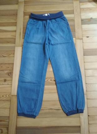 Шикарные лёгкие джинсы для девочки gloria jens