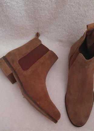 Челсі andre нат.замш р.40.  колір коричневий.