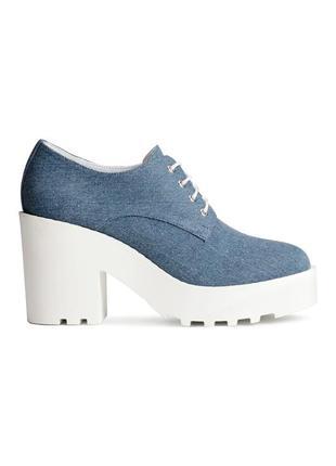 Туфли из денима на платформе