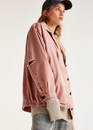 Куртка pull&bear пепельно-розового цвета