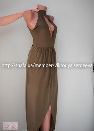 Большой выбор платьев - очень красивое платье миди с чокером с юбкой на запах