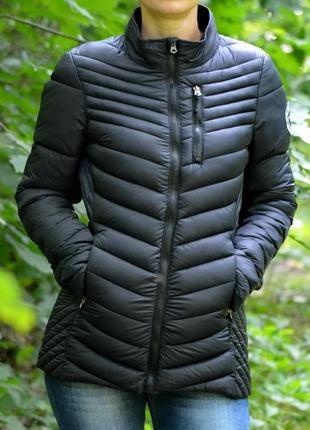 Осіння жіноча курточка