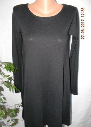 Черное новое осеннее платье с красивой спинкой qed london