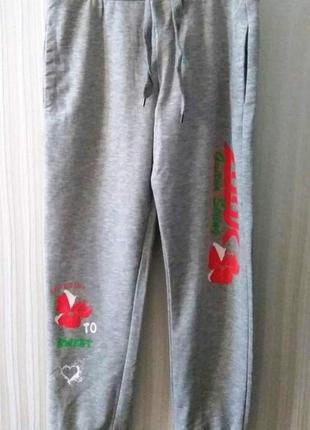 Спортивные штаны/ для девочек.