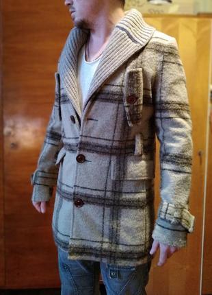 Пальто мужское шерстяное коричневое в клеточку