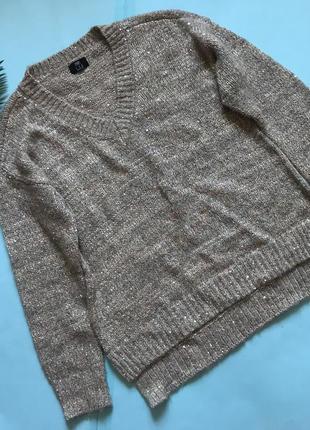 Стильный свитеров f&f с пайетками