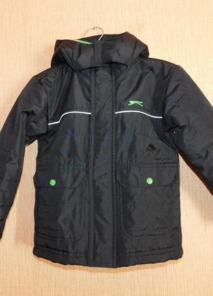 Куртка демисезонная slazenger на 2-3 года. рост 92-98 см