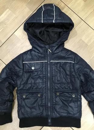 Куртка rebel. на 2-3 года.