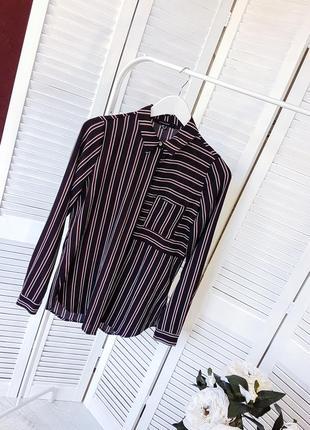 Черная рубашка в вертикальные полоски atmosphere