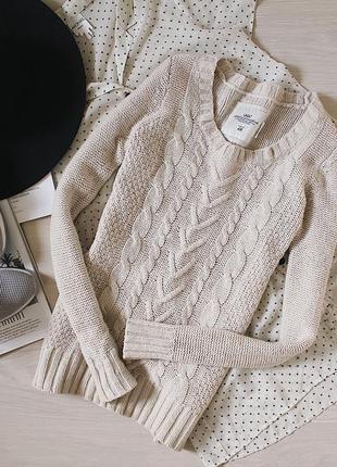 Шерстяной теплый свитер молочного цвета 55% wool