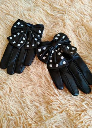Имиджевые перчатки с бантом, автомобильные перчатки, женские перчатки. кожа.