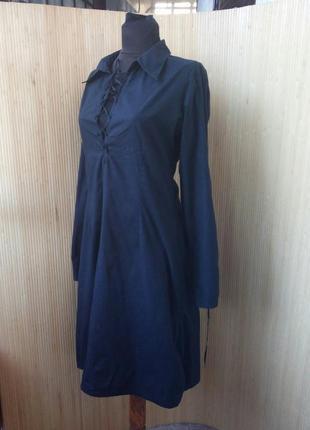 Чёрное платье хлопок со шнуровкой на груди с воротником
