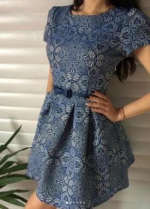 Дуже гарне платтячко