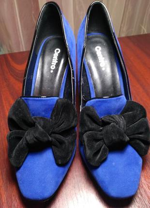 Замшевые туфли на каблуке с бантиком